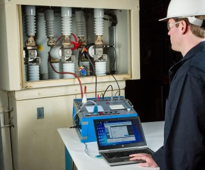 testing vacuum interrupters with MAC-TS4 vacuum interrupter tester